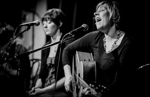 Clela Errington - Live In The Studio