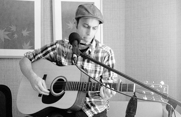 Mark Martyre - Folk Roots Radio at FMO