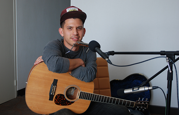 Jeremie Albino - Folk Roots Radio at FMO