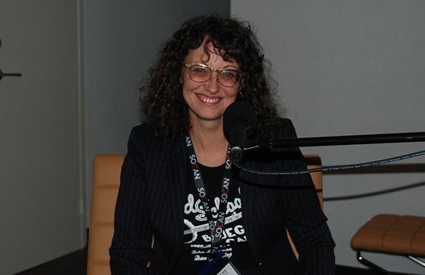 Kristine Schmitt - Folk Roots Radio at FMO