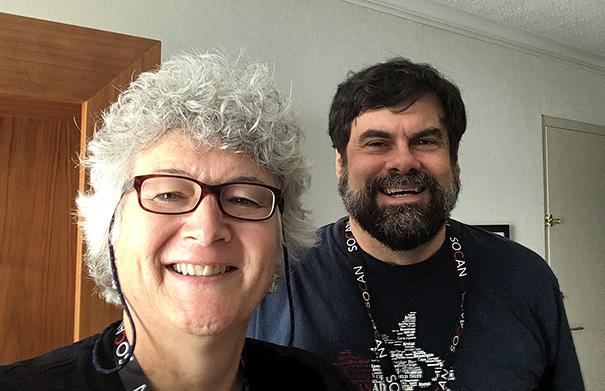 Glenn McFarlane - Folk Roots Radio at FMO