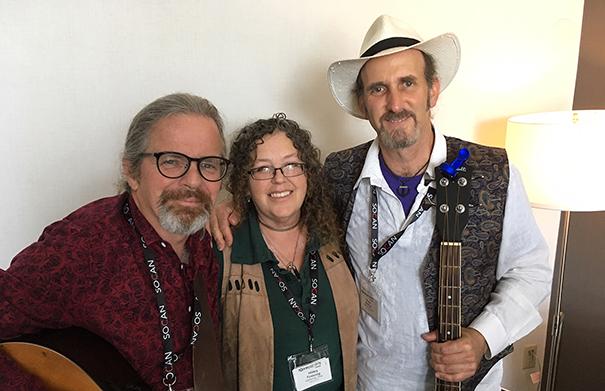 Gathering Time - Folk Roots Radio at FMO