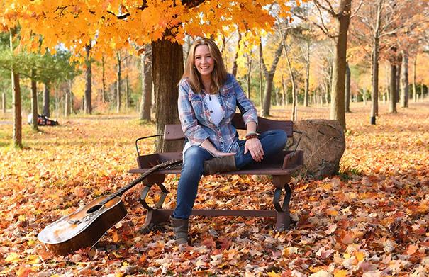 Suzanne Jarvie - Folk Roots Radio Interview